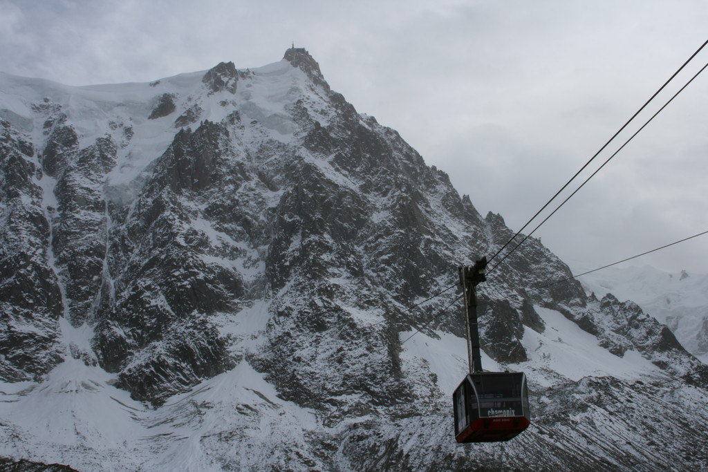 A cable car departs for the top