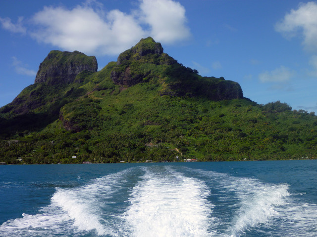 Jet ski wake and Mount Otemanu