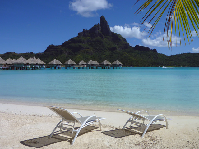 Beach chairs, overwater bungalows and Mount Otemanu 3